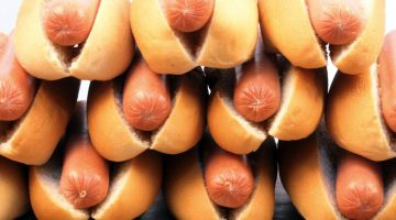 7 Pieces Of Horrifying Evidence That Explain Why You And Your Family Should Never Eat Hot Dogs