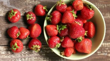 Strawberries Shown To Fight Cancer In Studies