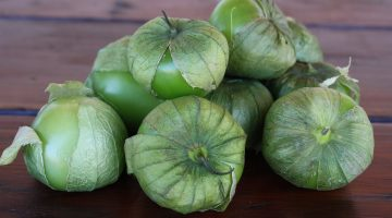 Eating Tomatillos Is A Great Way To Fight Cancer, According To Researchers