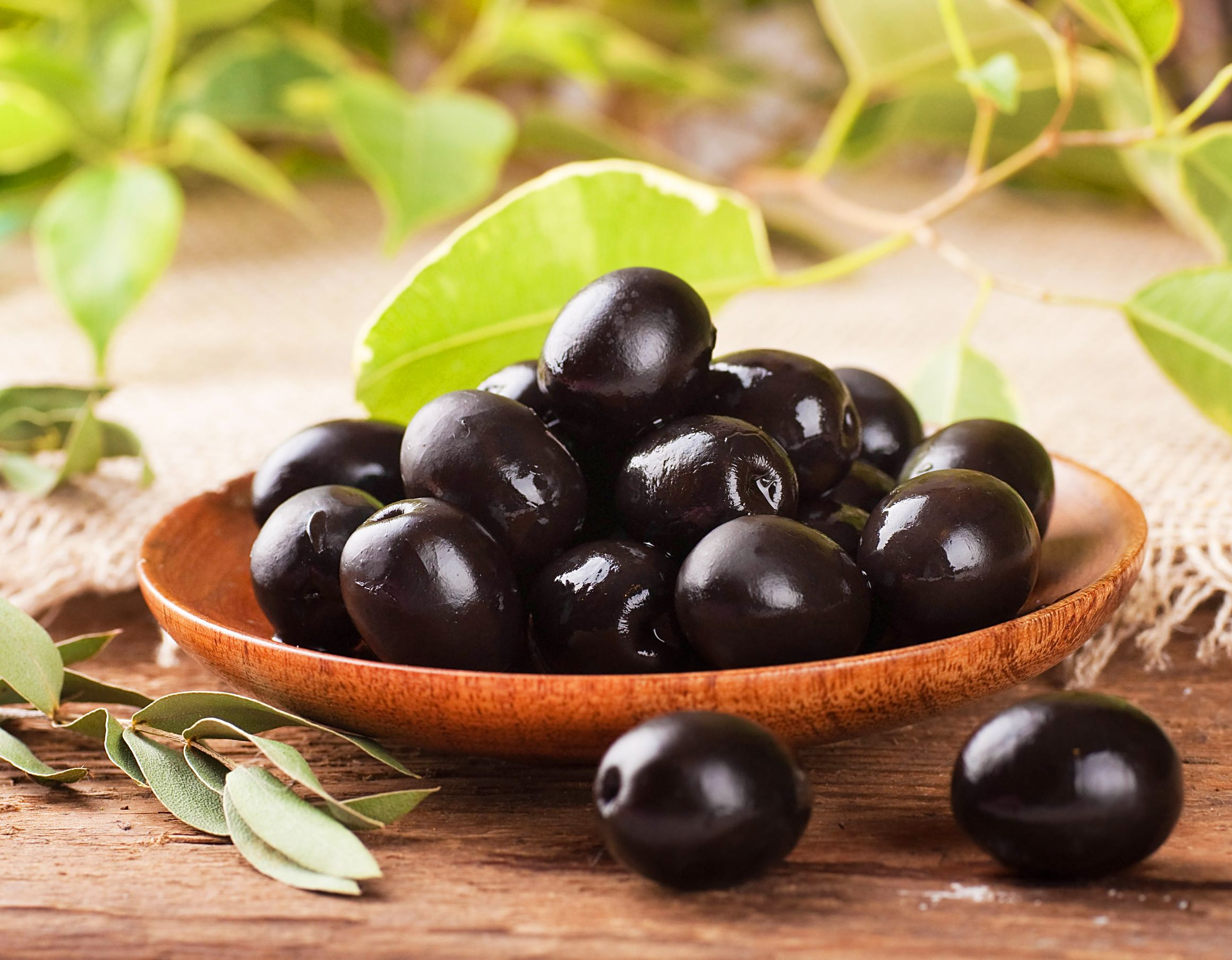 6 Awesome Health Benefits Of Olives That Prove Exactly Why
